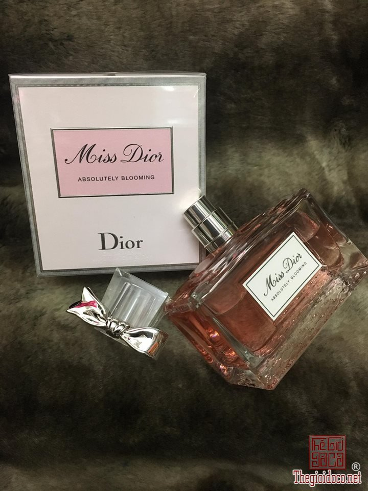 Dior Absolutely Blooming edp 100ml (1).jpg