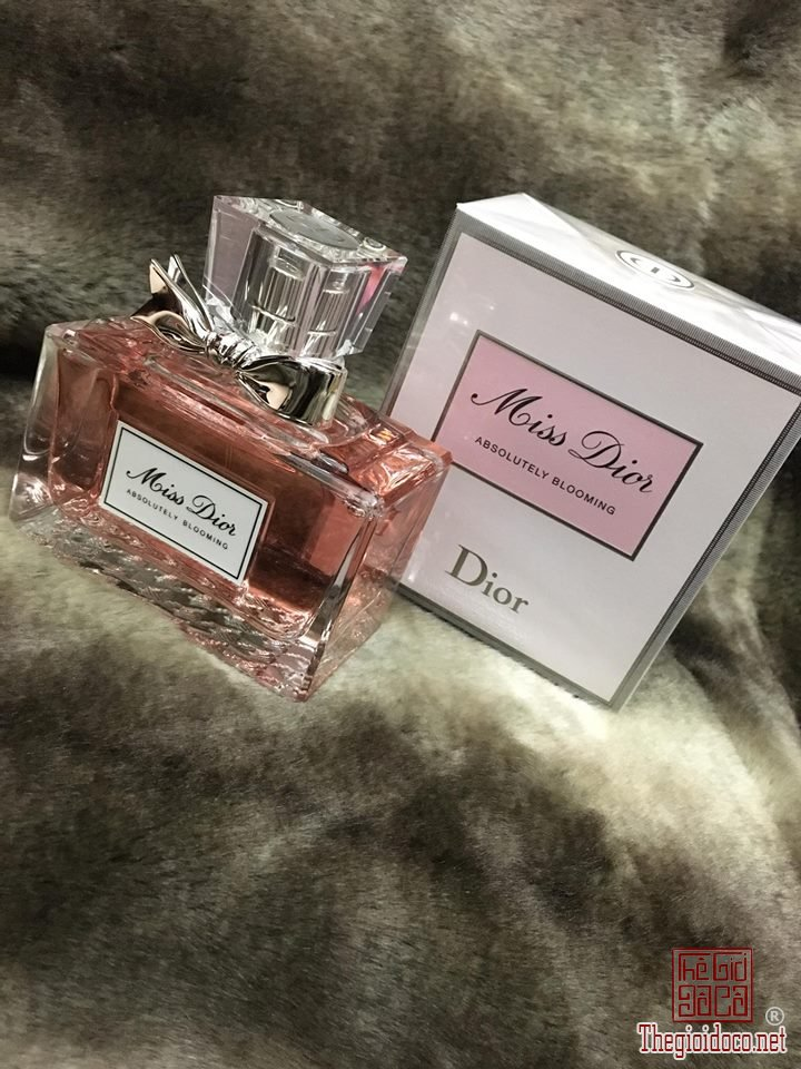 Dior Absolutely Blooming edp 100ml (3).jpg