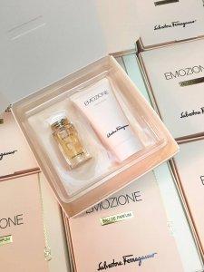 Gift nhỏ xinh về phục vụ bà kon đây Set mini Emozine 5ml kèm lotion 30ml nà