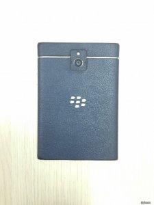 BlackBerry Passport QWERTY 32GB Đen