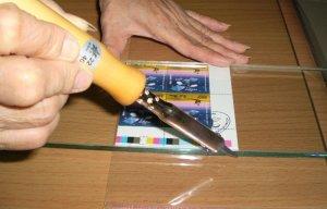 Hướng Dẫn Cách Bảo Vệ Tem Bằng Cách Bọc Nylon Đơn Giản Nhất