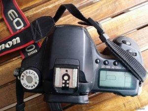 Body Canon 50D nguyên zin xài ổn hình thức xấu giá tốt chỉ 4trxxx