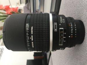 Giao lưu hoặc bán Nikon 135 F2 DC fullbox