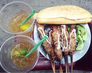 Những món ngon, rẻ trên phố ăn vặt Quang Trung