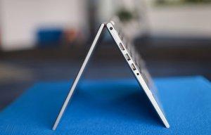 Ảnh laptop xoay lật 360 độ, giá 15 triệu tại VN