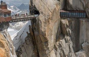 13 cây cầu vừa đi vừa run chân bạn nên thử một lần