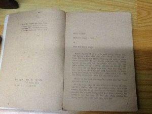 Sách hai thứ tiếng - Lão hà tiện (1984)