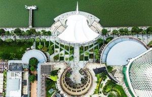Kiến trúc ấn tượng của Singapore nhìn từ trên cao bằng Camera bay.