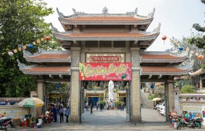 Những ngôi chùa của người xa xứ trên khắp đất Sài Gòn