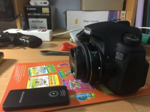 Cần bán bộ canon 60d kèm lens 24f2.8 STM va Flash mago pixl