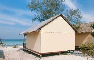 Maldives siêu gần Việt Nam - Đẹp quên lối về — tại Koh Rong Samloem Island, Sunset Beach.