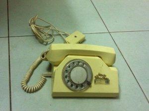 Điện thoại Nga -Mỹ xưa !