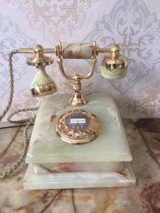 Điện thoại bàn đá cẩm thạch mạ vàng 24k xuất sứ Đức 1950
