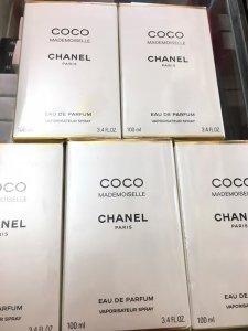 Chanel (2).jpg