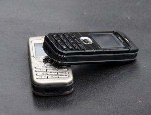1487440851_original-nokia-6030-mobile-phone-2g-gsm-900-1800-c.jpg