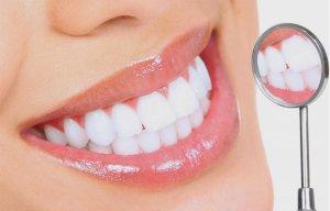 Hướng dẫn cách làm trắng răng mà không cần dùng chất tẩy rửa