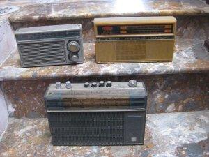 Bộ radio và quạt cóc xưa