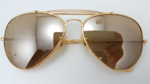 RAY-BAN U.S.A THE GENERAL 50 .