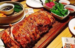 Những món ăn khổng lồ siêu hấp dẫn ngay tại Hà Nội