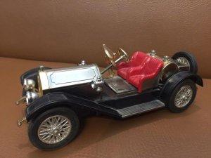 Radio mô hình xe cổ
