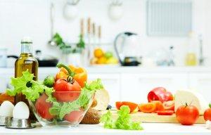 Các biện pháp xử trí khi bị ngộ độc thực phẩm tại nhà bạn nên biết