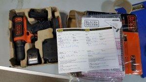(Đà Nẵng) Súng khoan pin 10,8V Black&Decker chính hãng mới 99%