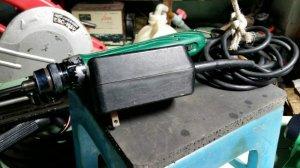 Máy bắn vít Hitachi máy zin Adapter zin.