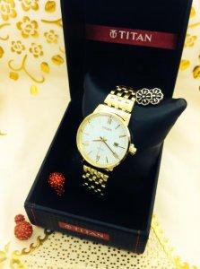 Đồng hồ đeo tay..có giá!!
