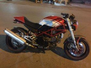 Ducati M900  (1).jpg