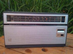 Radio National R357 và National R310Y