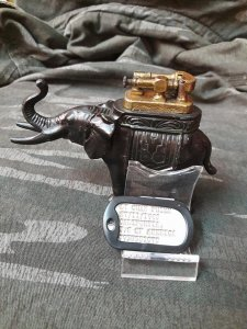 Giao lưu em bật lửa voi Lift Arm may mắn xưa 1930 made in Austria (Áo)