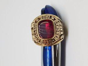 Nhẫn mỹ 1985 vàng 10k hột đỏ