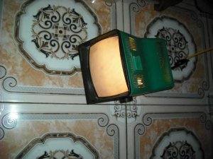 Đèn chiếu dáng tivi Nga