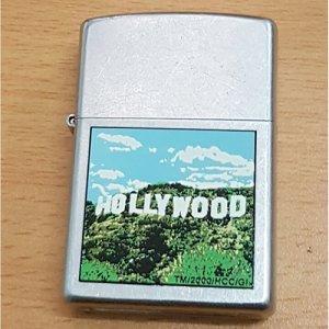 Giao lưu chia lửa Zippo Hollywood XVI 2000 mã C11