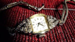 Đồng hồ nữ /bạc nguyên khối - kim cương tấm/đẳng cấp - thời trang