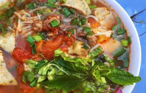 Những món bún cực kỳ ngon chỉ có ở Hà Nội (14).jpg