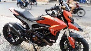Ducati Hyper strada 821 (1).jpg