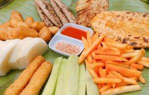 Những món ăn vặt cực ngon, cực rẻ được lòng giới trẻ Hà Nội