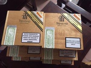 Bán xì gà trinidad limited giá dễ chơi.