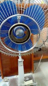 Giao lưu quạt mitsubishi sắt đúc cánh mũ 30 CÔNG nghê nhật bản chế tạo đẹp 98 %