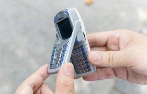 Hướng dẫn kiểm tra điện thoại cổ chính hãng cực nhanh