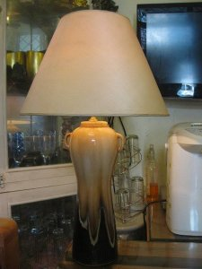 Thanh lý đèn trang trí để bàn thân sứ Bát Tràng, men rạn bóng, cao 75 cm