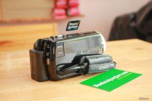 Bán Máy quay phim SONY HDR-XR160 quay full HD , HDD 160GB