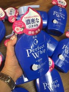 Sữa tắm hàng Nhật Perfect Whip 500ml