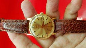 Omega Seamaster Deville vàng khối 18k, mặt số vàng