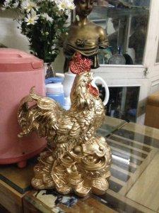 Tượng gà trống phong thuỷ