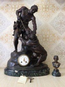 Đồng hồ tượng thợ săn kích thước khũng rất nặng sx Pháp 1900