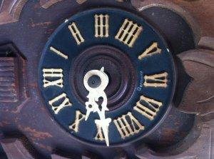 Đồng hồ CucKoo của Đức, giá bình dân