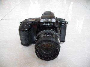 Máy ảnh hiệu Minolta - Japan.