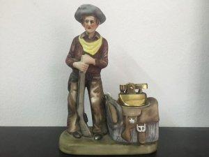 Để bàn Cowboy .